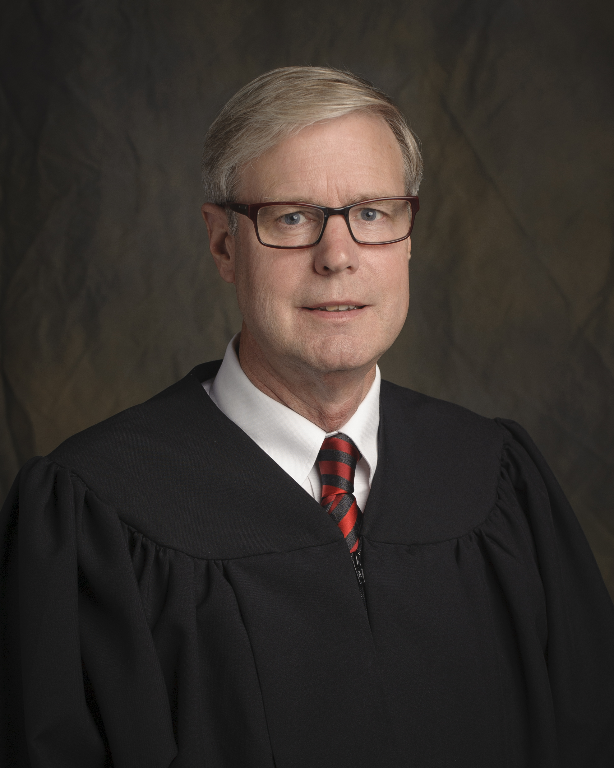 New Chief Judge In Local Circuit Wlds